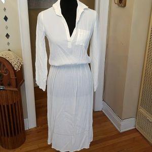 VTG All White Midi Showstopper Dress!❤